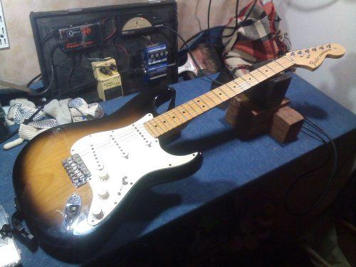Strato Fender reparo00338